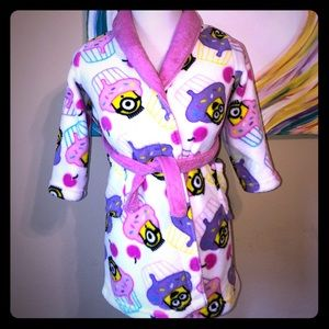 Other - Girls small minions robe